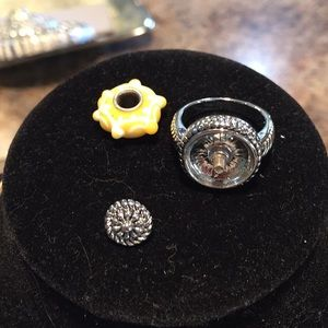 Jewelry - Interchangeable ring set